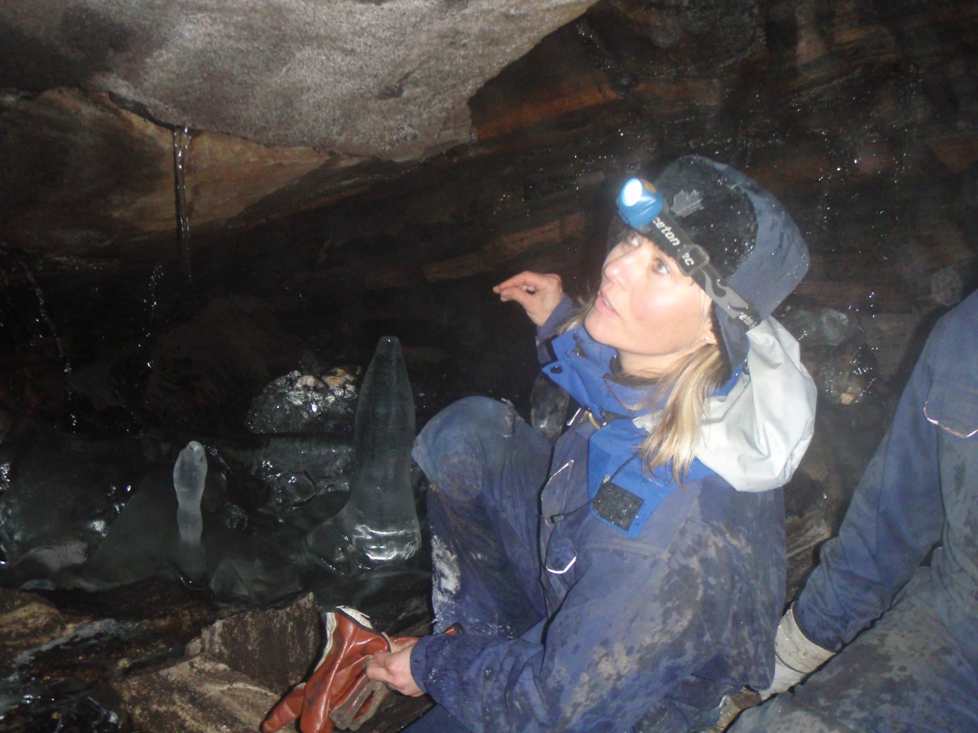 Grottur till Kvarnbäckslabyrinten